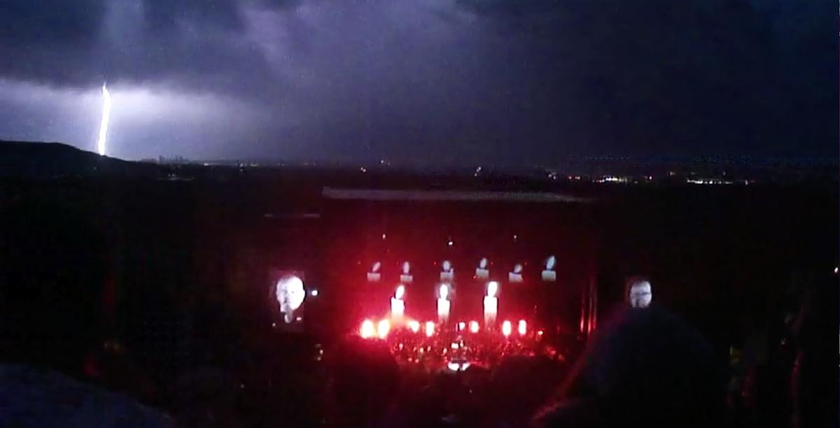 pg-lightning06